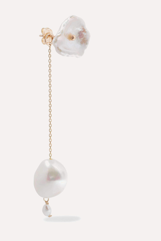 Poppy Finch Gold pearl earrings