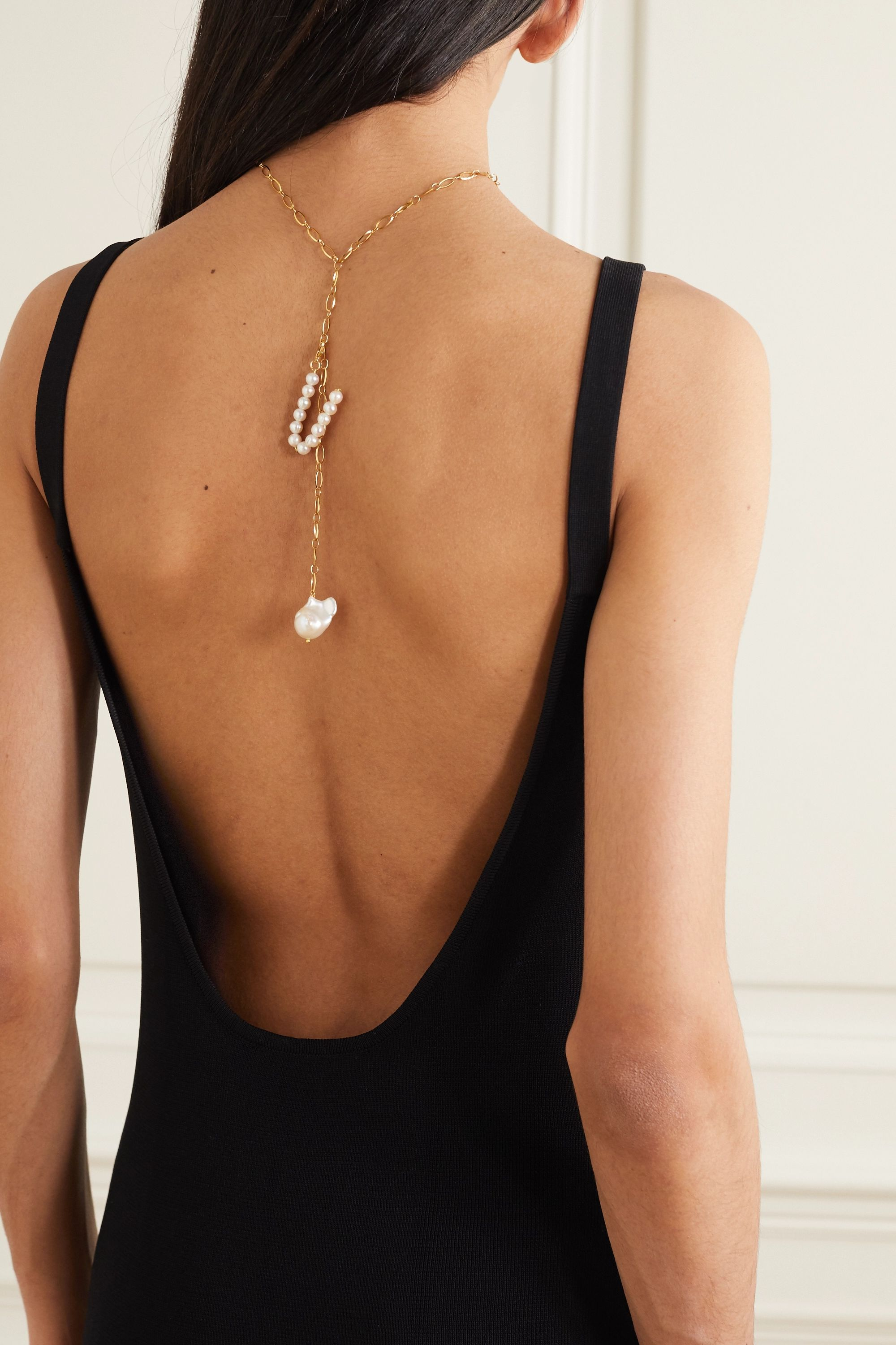 Timeless Pearly Gold-plated pearl necklace