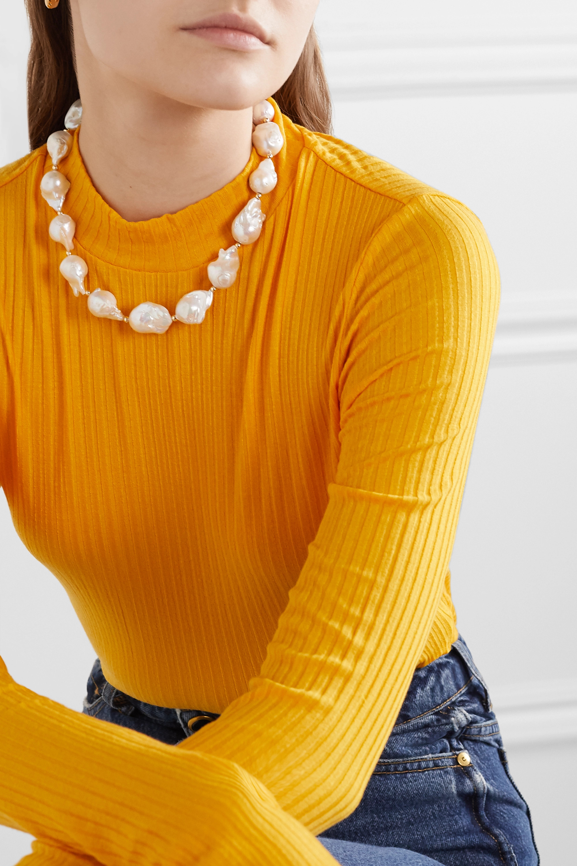 éliou Kette aus Perlen und Zierperlen mit goldfarbenen Details