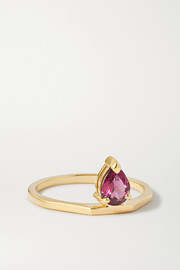 El 9-karat gold garnet ring