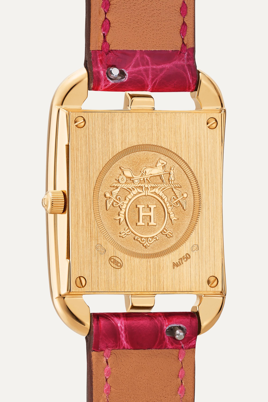 Hermès Timepieces Cape Cod 23 mm kleine Uhr aus 18 Karat Gold mit Perlmutt, Diamanten und Alligatorlederarmband