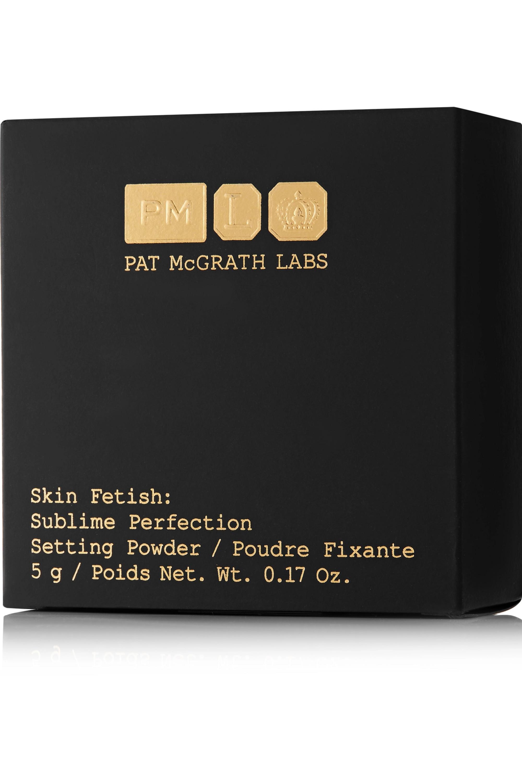 Pat McGrath Labs Skin Fetish: Sublime Perfection Setting Powder – Light Medium 2 – Loser Puder