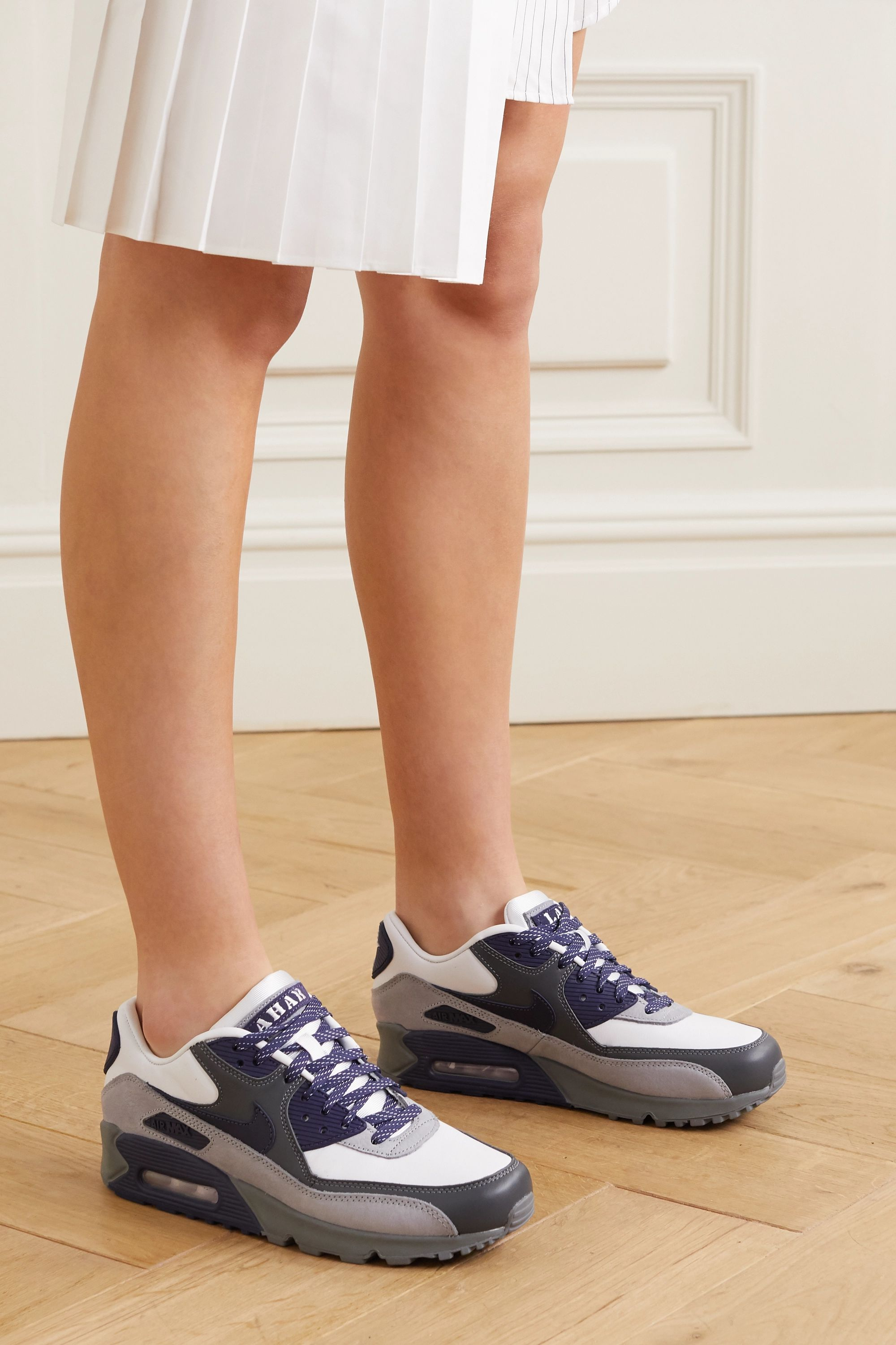 Nike Air Max 90 NRG Lahar Escape leather sneakers