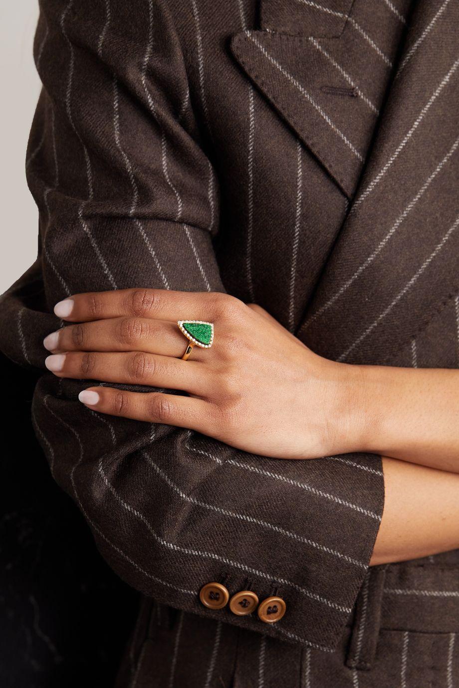 Kimberly McDonald 18-karat gold, uvarovite garnet and diamond ring