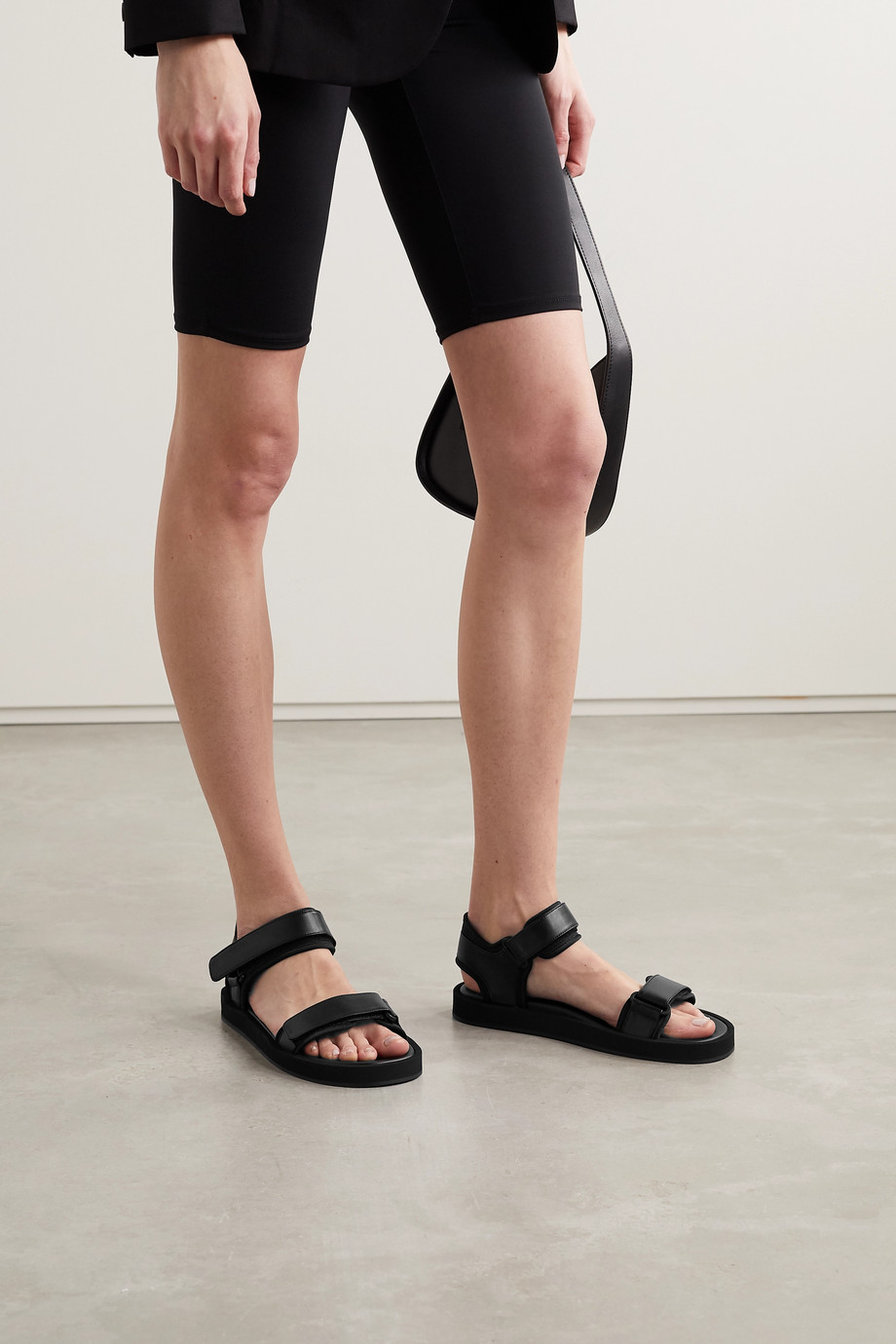 The Row Hook and Loop Sandalen aus Leder und Neopren