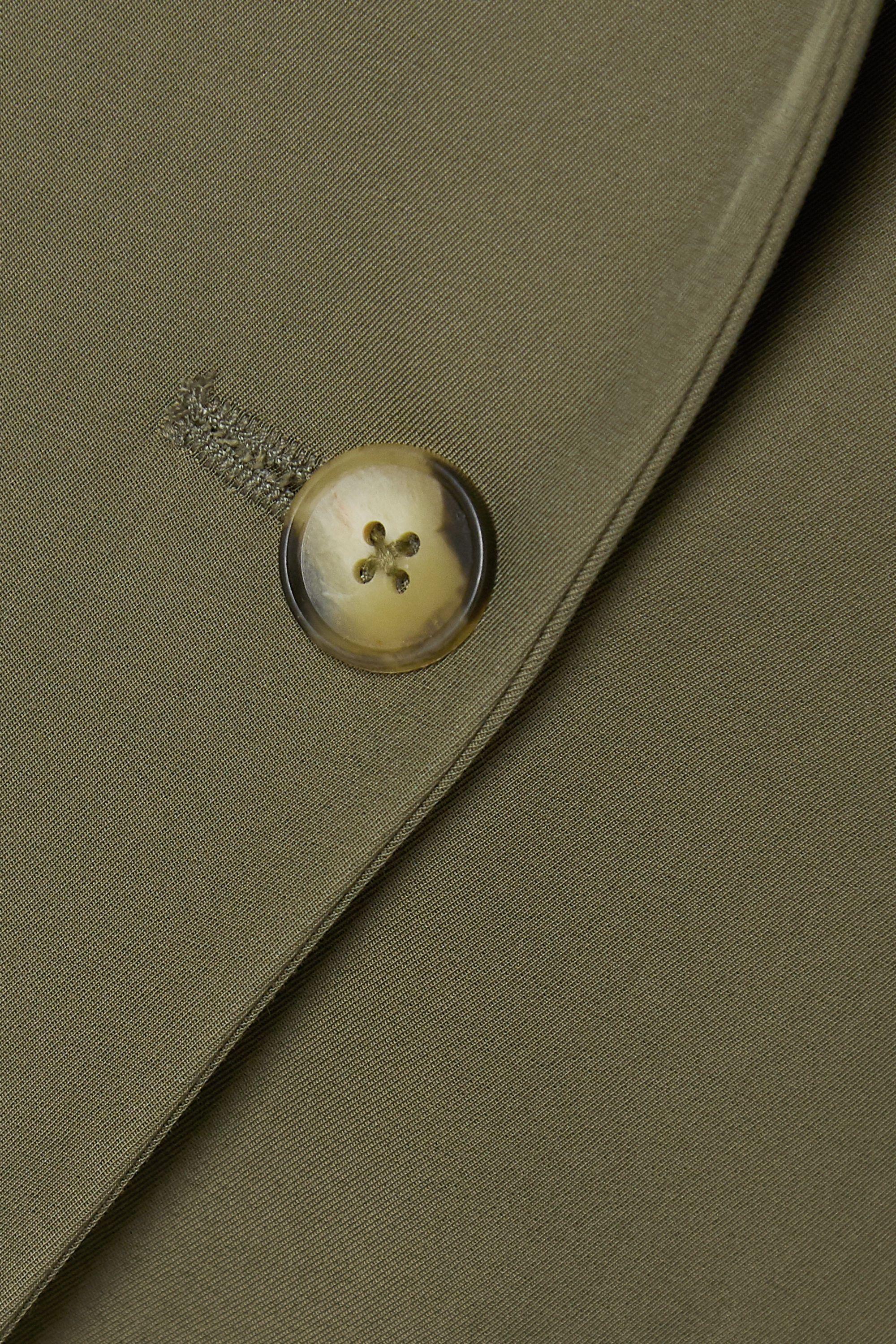Deveaux Irina belted pleated twill blazer
