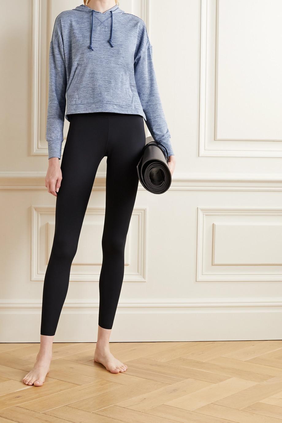 Nike Yoga Hoodie aus Dri-FIT-Material