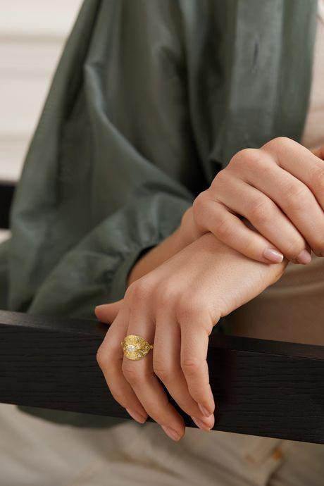 Gold Starlight 18-karat gold diamond ring | Brooke Gregson RdghZv