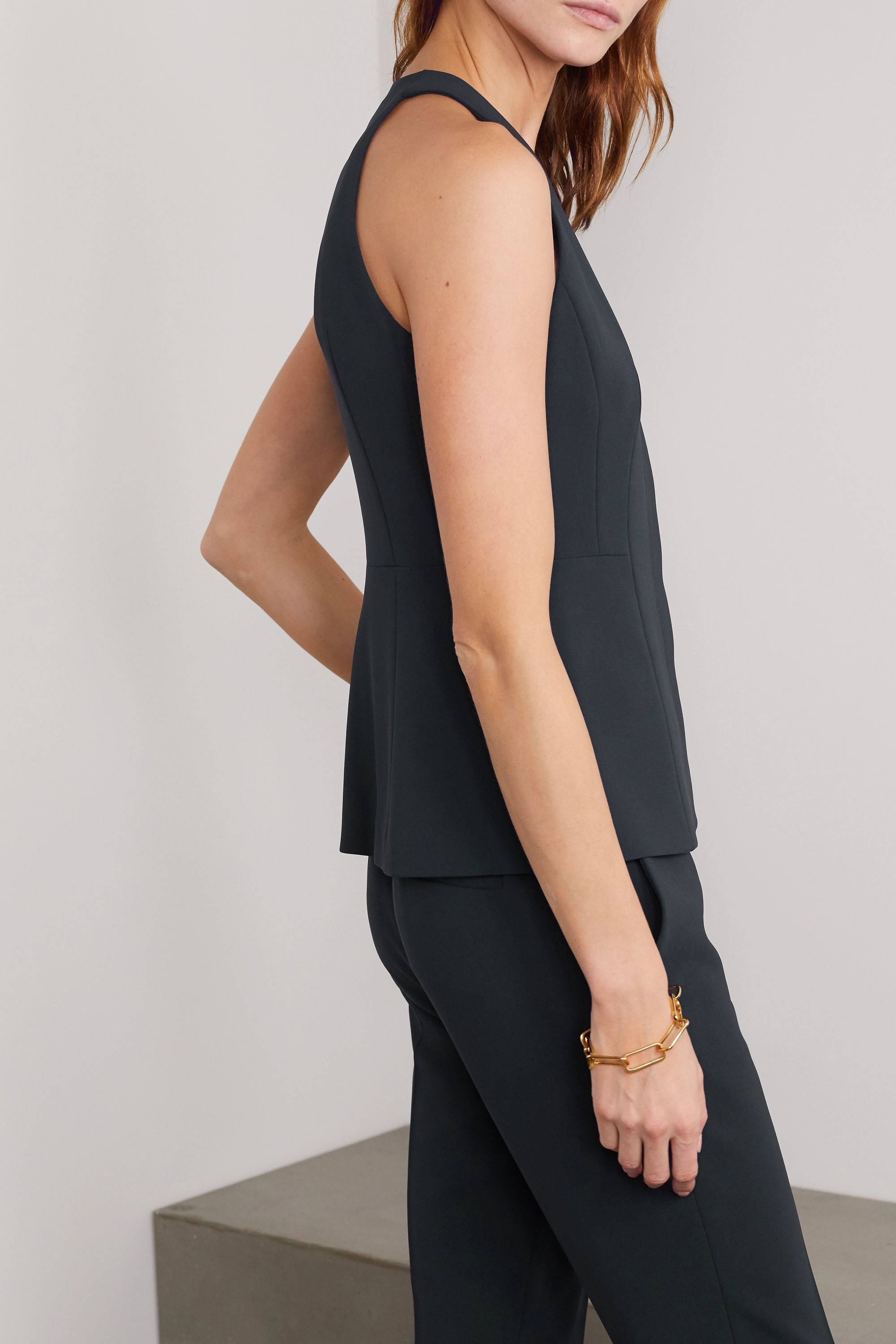 Theory Crepe vest