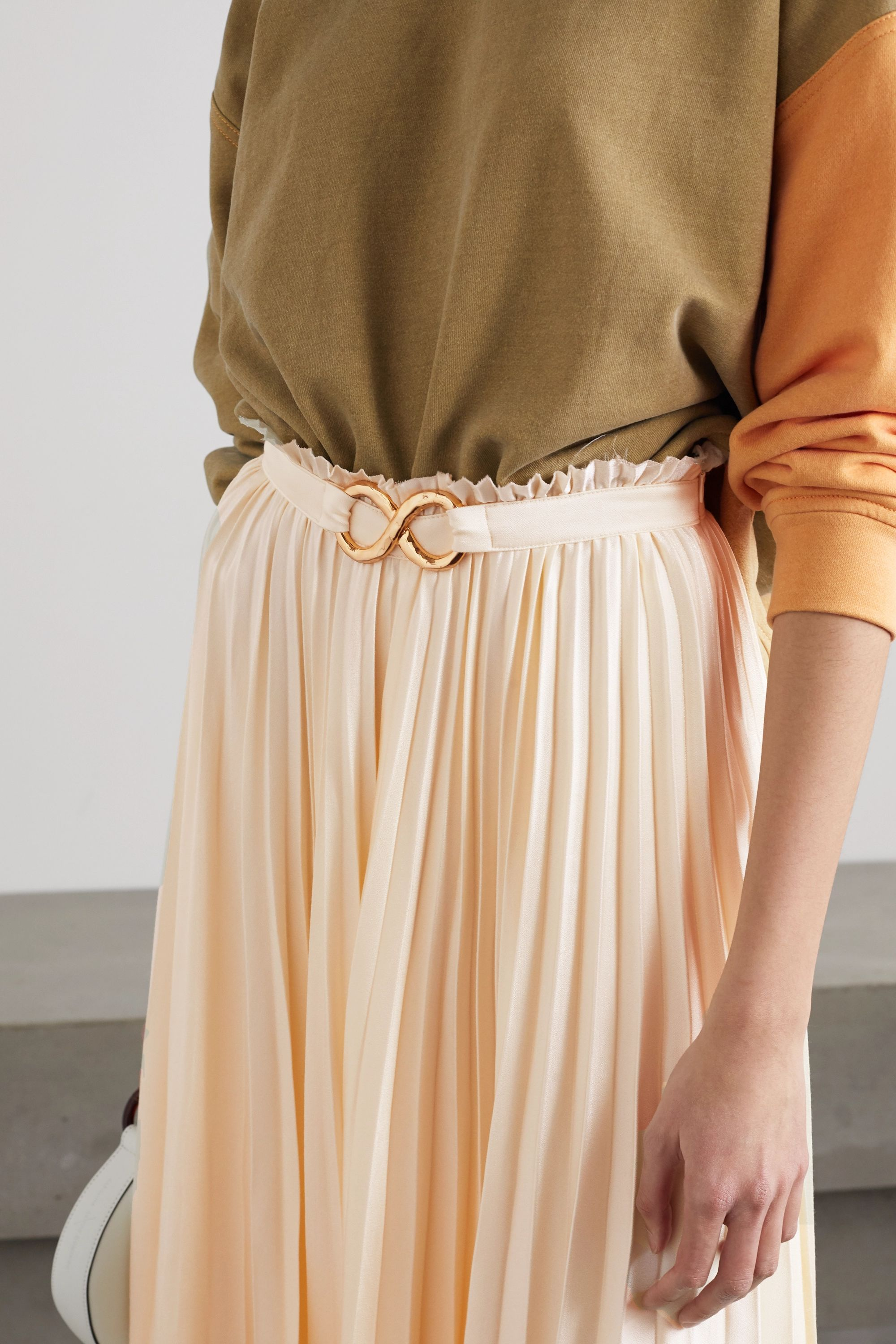 REJINA PYO Kiera belted pleated satin midi skirt