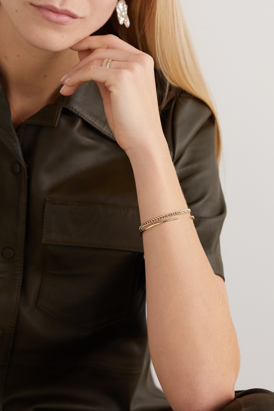 STONE AND STRAND Armband aus 10 Karat Gold mit Diamanten