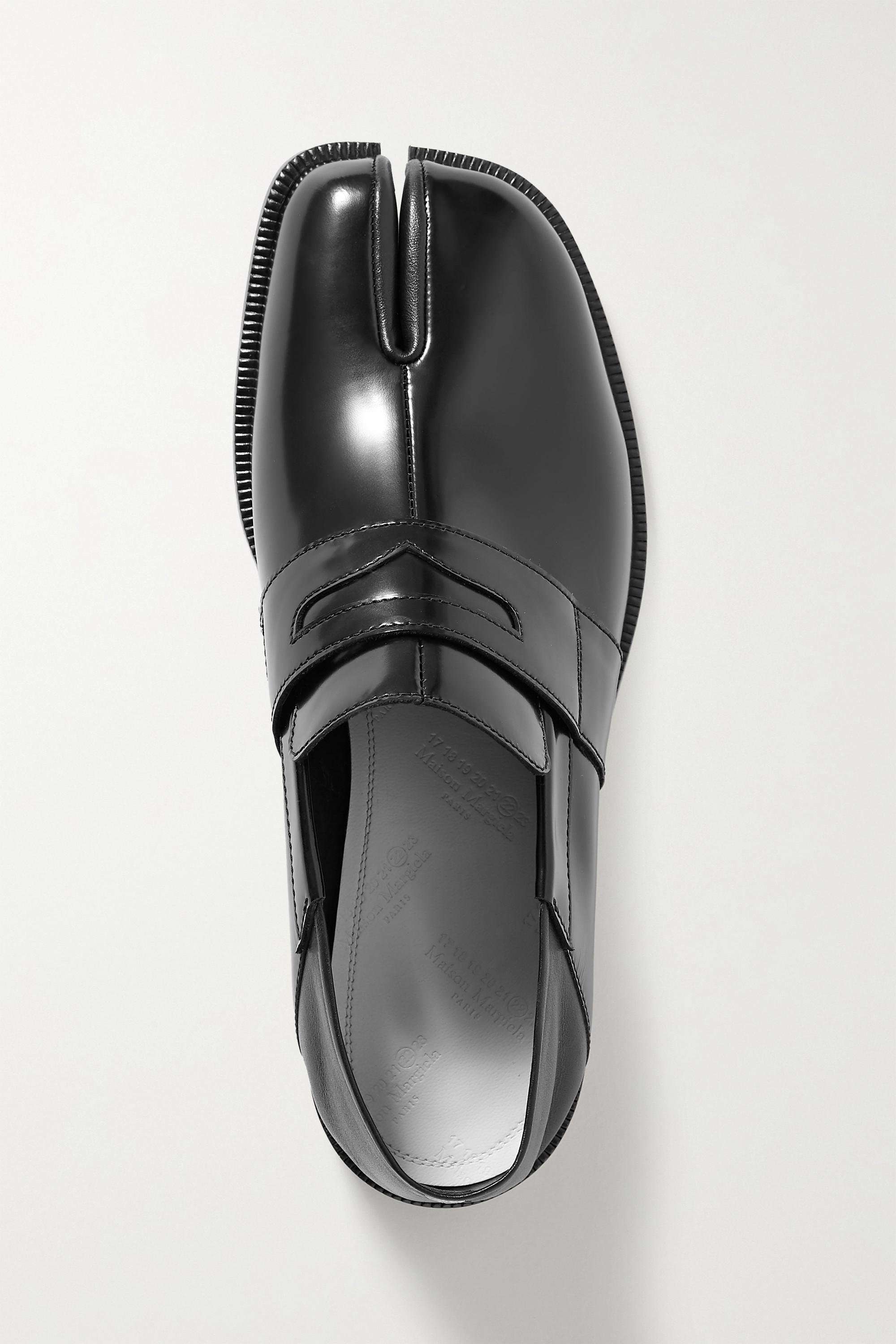 Maison Margiela Split-toe patent-leather collapsible-heel loafers