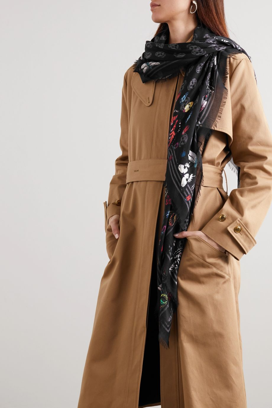Alexander McQueen Fringed printed modal scarf