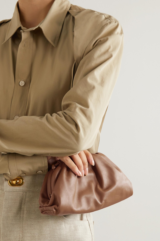 Bottega Veneta The Pouch 缩褶皮革小号手拿包