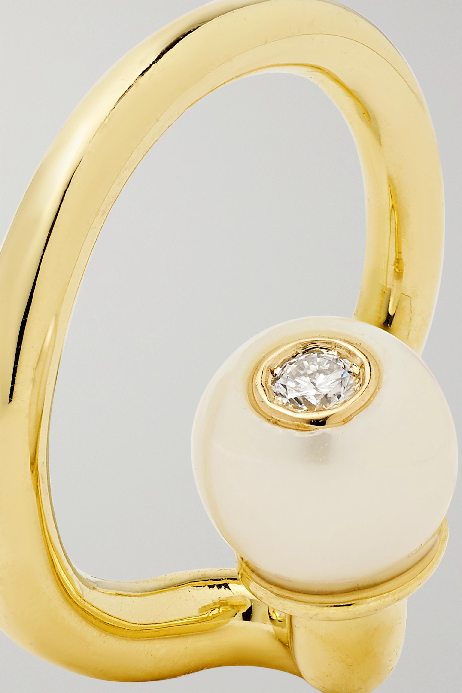 KATKIM Crescendo Flare Ear Cuff aus 14 Karat Gold mit Perle und Diamant