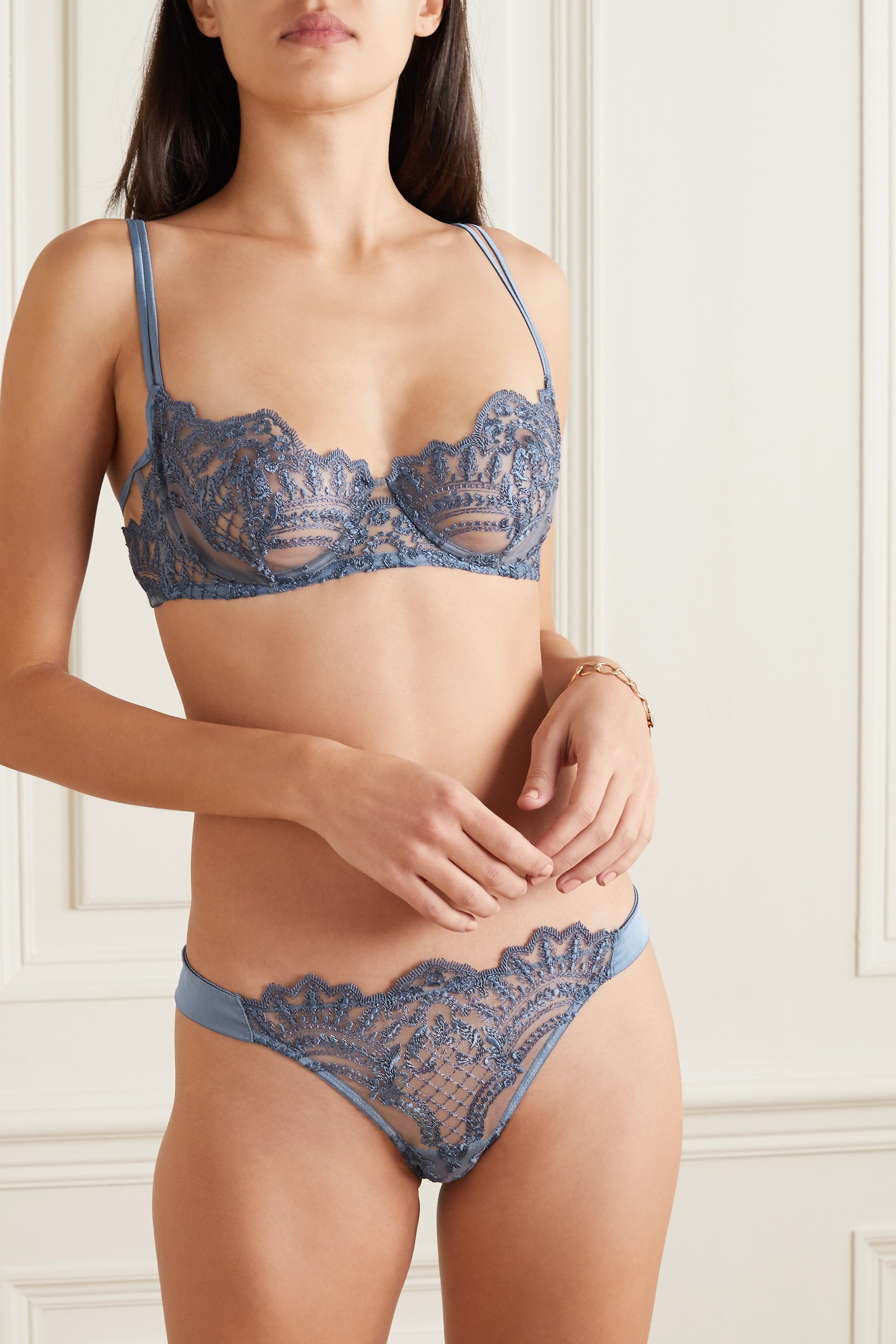 I.D. Sarrieri Embroidered tulle and satin thong