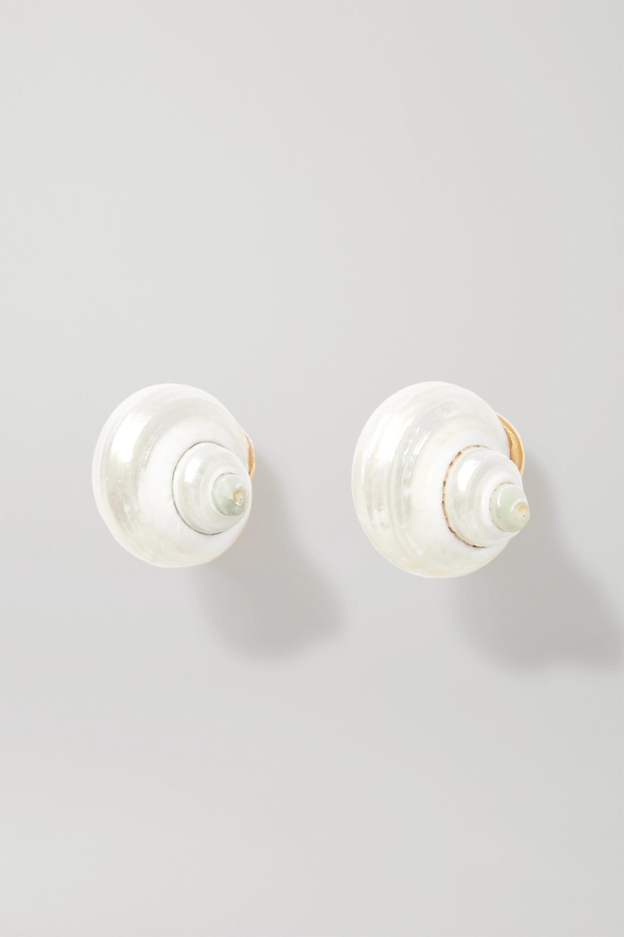 Prada Boucles d'oreilles clip en métal doré et coquillages