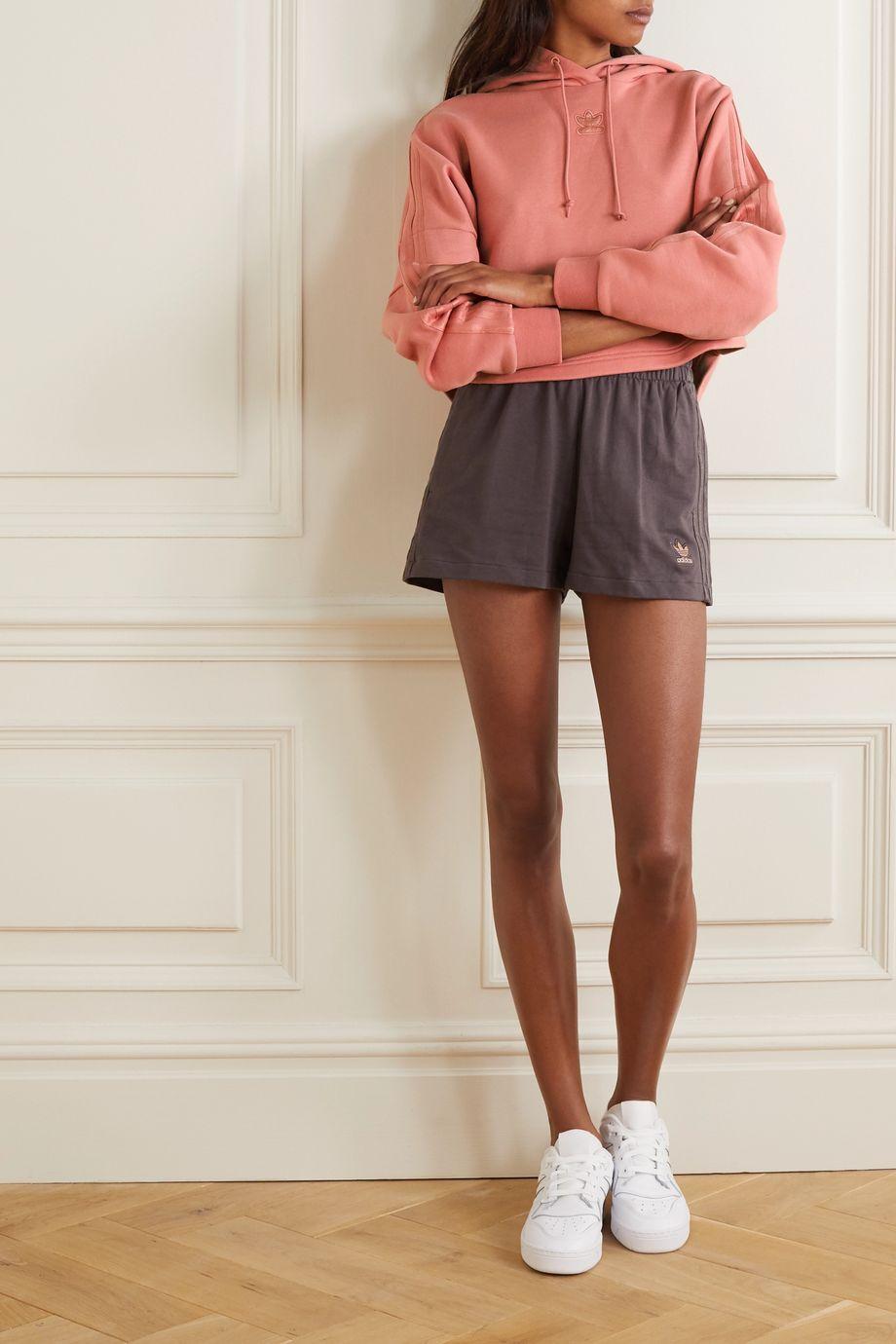 adidas Originals Verkürzter Hoodie aus Baumwollfrottee mit Metallic-Streifen