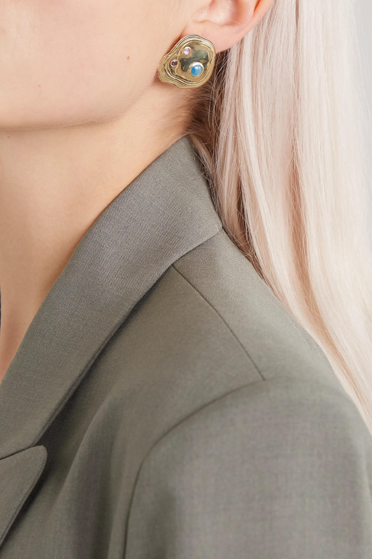 Leigh Miller + NET SUSTAIN Lava goldfarbene Ohrringe mit mehreren Steinen