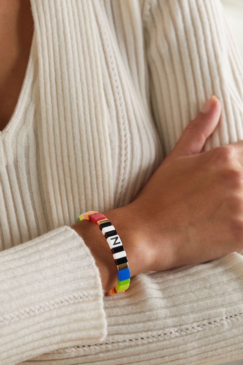 Roxanne Assoulin Alphabet Soup Armband mit Emaille
