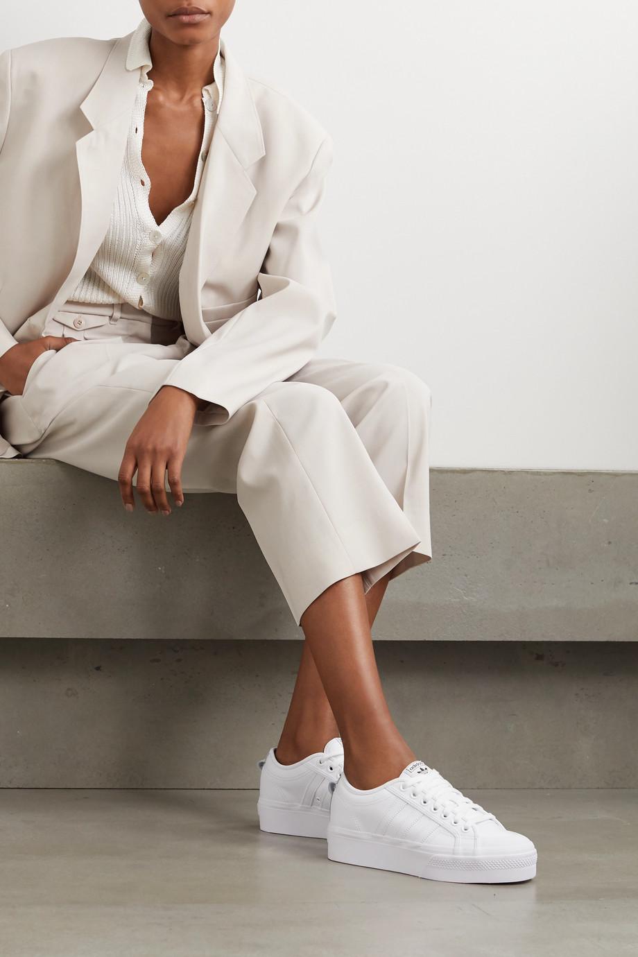 adidas Originals Nizza Sneakers aus Leder mit Plateau