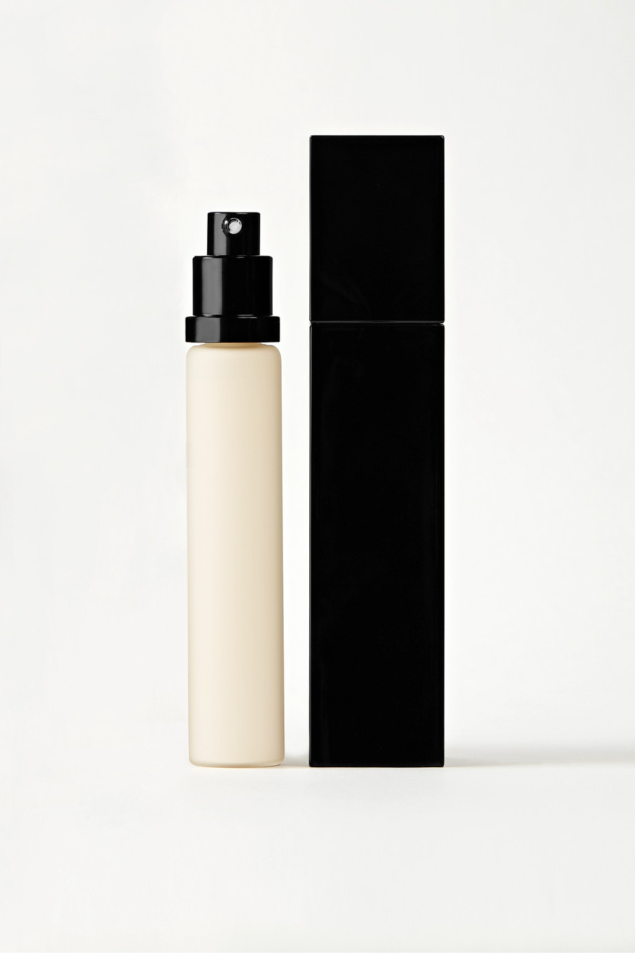 Serge Lutens Spectral L'Impalpable Foundation – 00 Blanc, 30 ml – Foundation