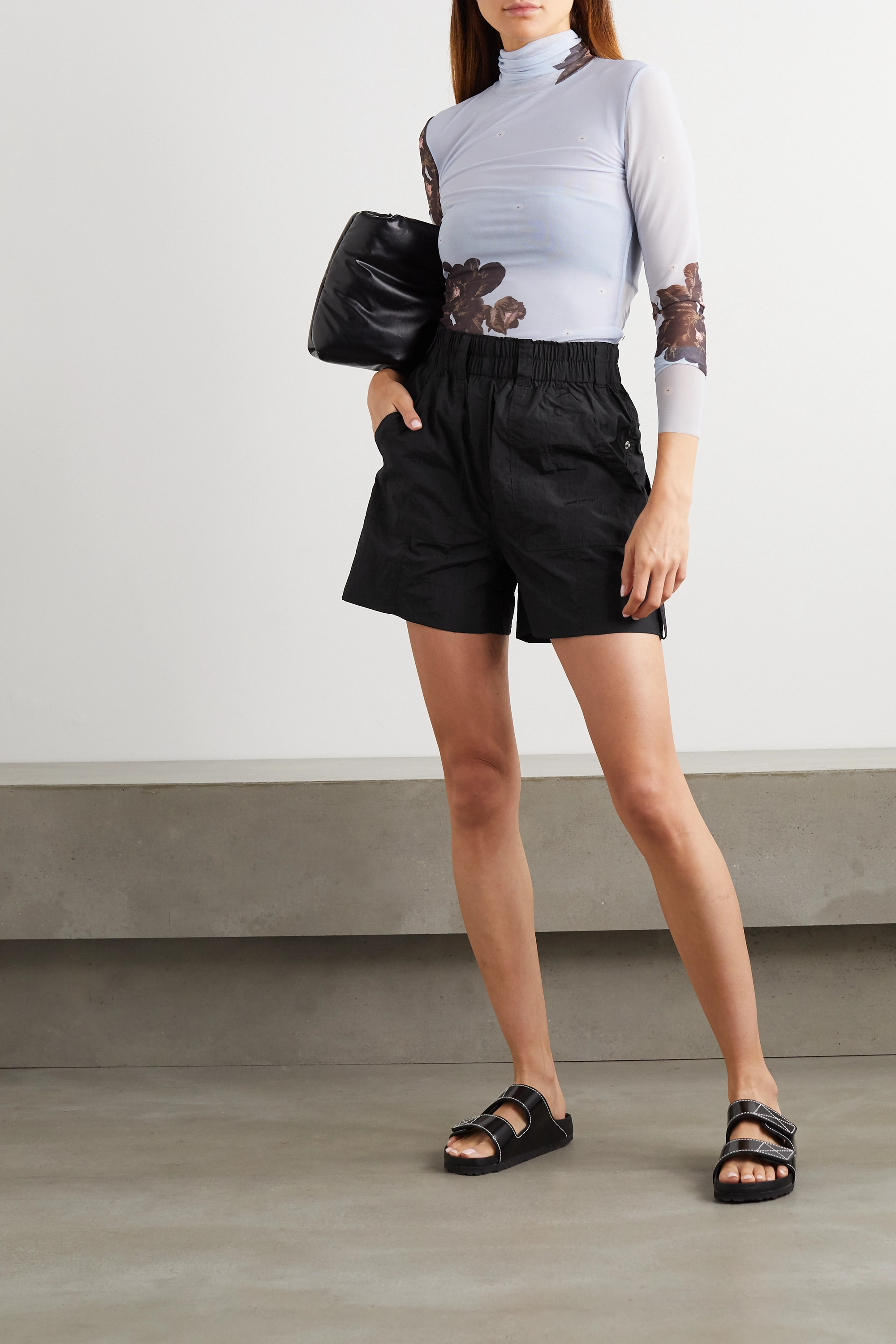 GANNI Shorts aus Shell in Knitteroptik