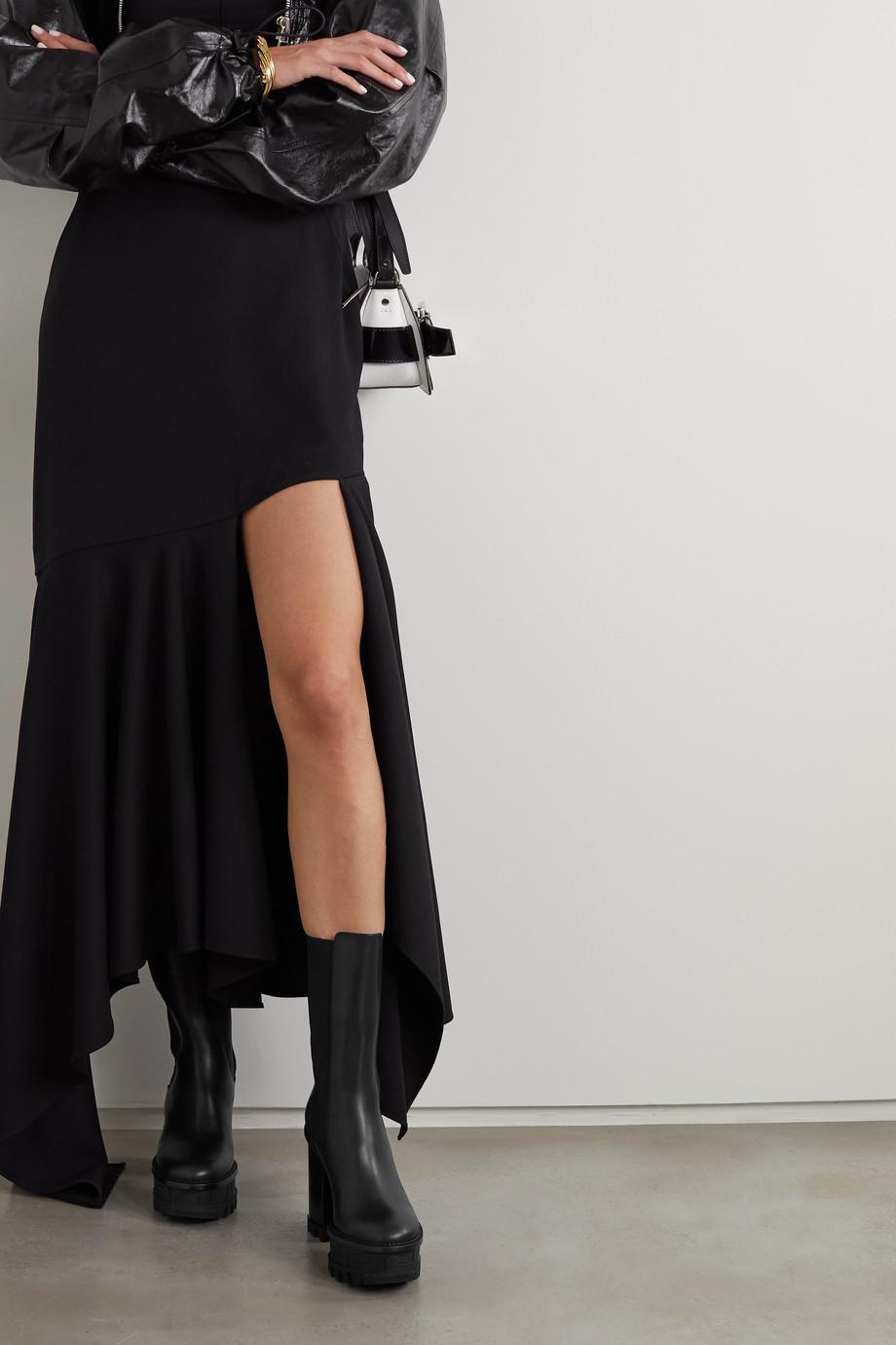 Versace Chelsea Boots aus Leder mit Plateau und Verzierung