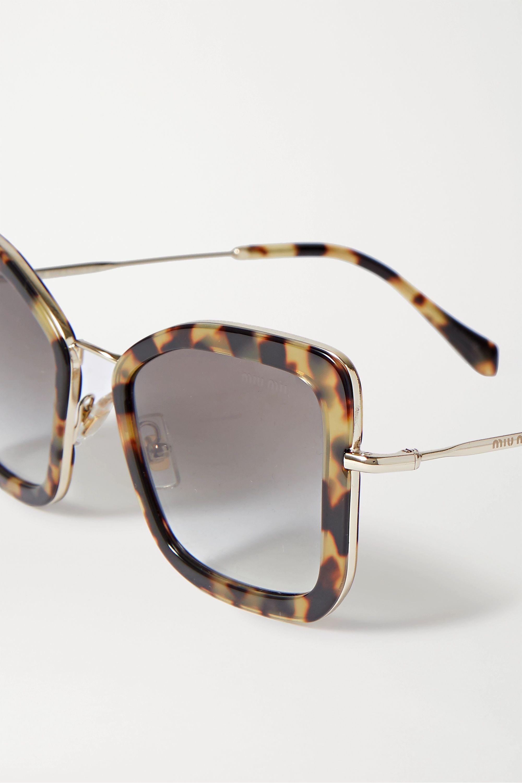 Miu Miu Eyewear Lunettes de soleil œil-de-chat oversize en acétate effet écaille et en métal doré