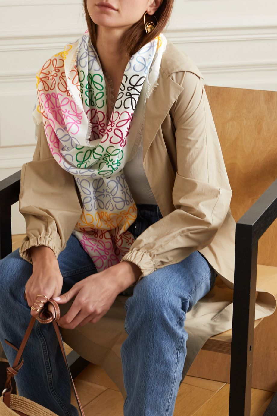 Loewe 流苏印花羊毛真丝羊绒混纺围巾