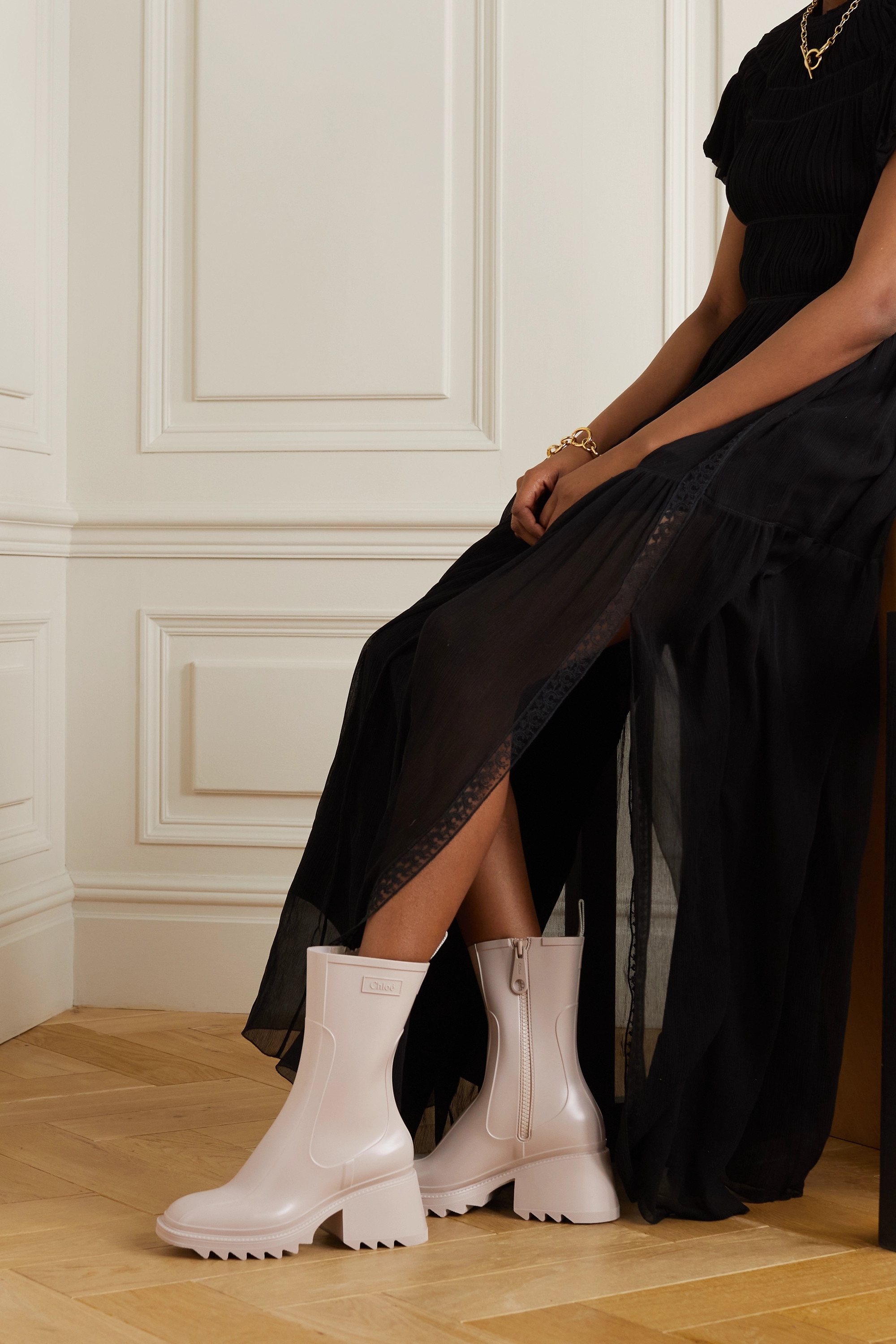 Chloé Betty logo-embossed rubber boots