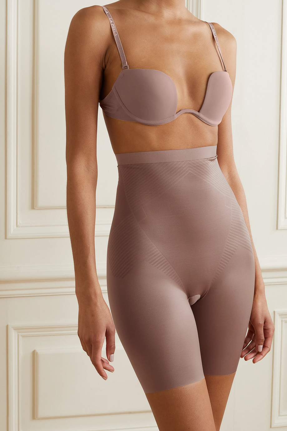 Spanx Short galbant taille haute Thinstincts 2.0