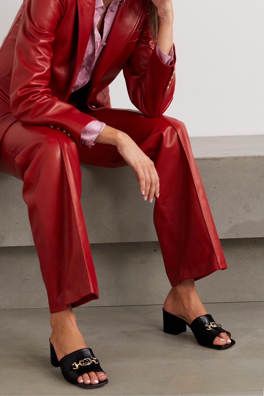 Gucci Zumi Mules aus Leder mit Verzierung