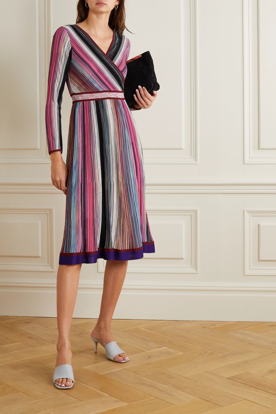 Missoni Kleid aus gestreiftem Häkelstrick mit Wickeleffekt