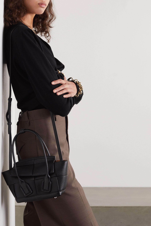 Bottega Veneta Sac à main en cuir texturé Arco Mini