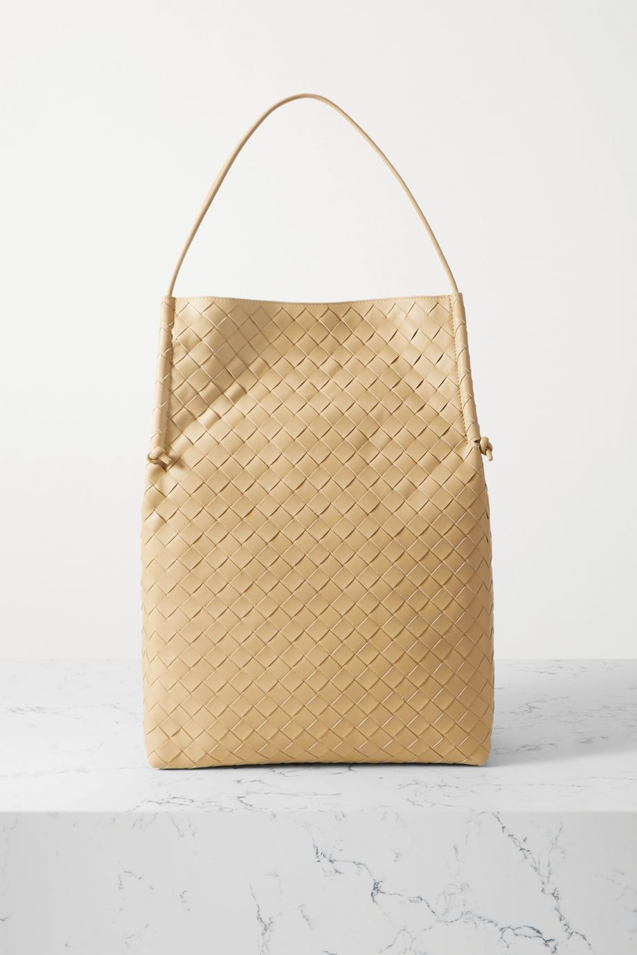 Bottega Veneta Sac à main en cuir intrecciato Medium
