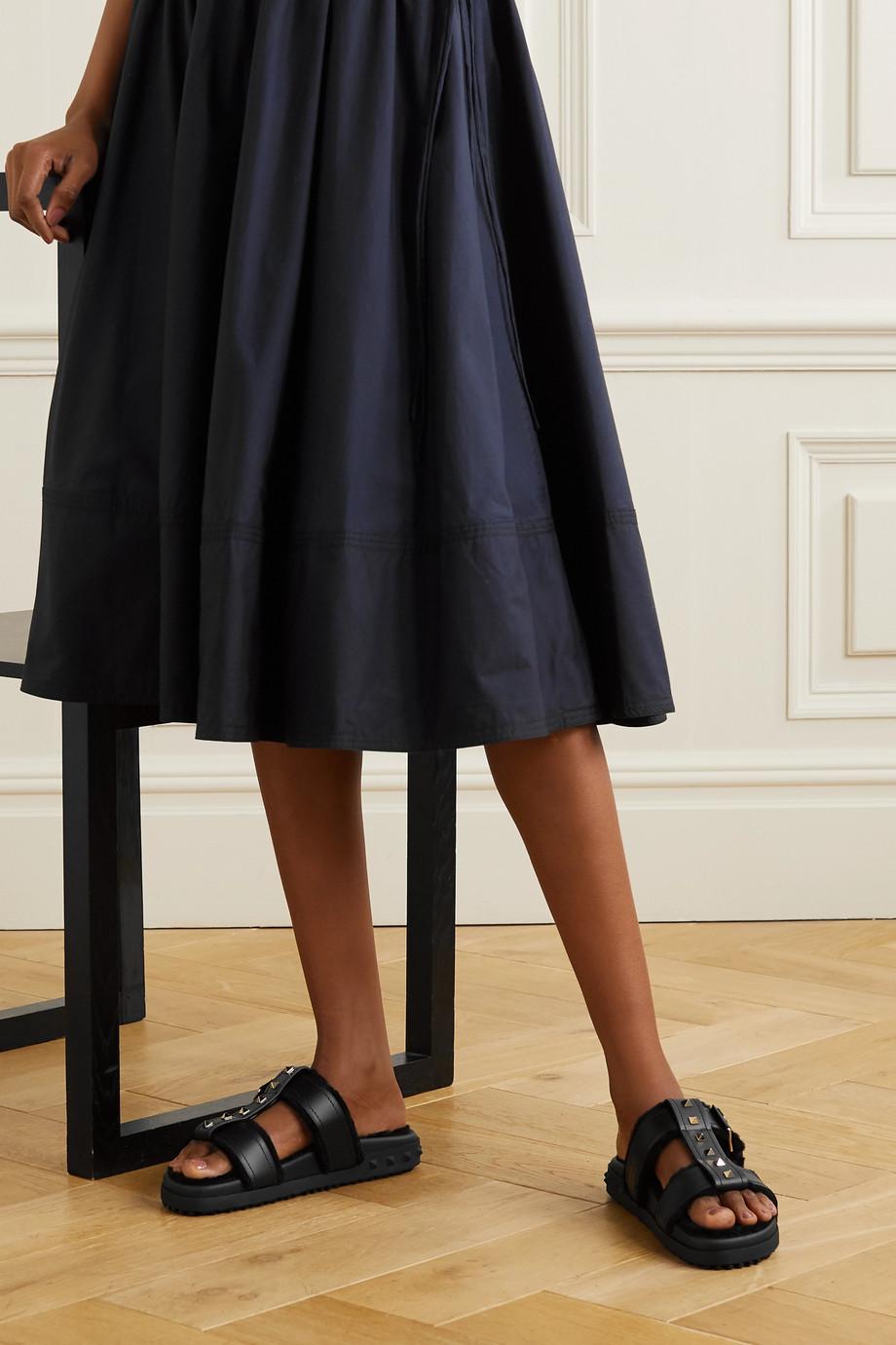 Valentino Claquettes en cuir doublées de peau lainée Rockstud Valentino Garavani