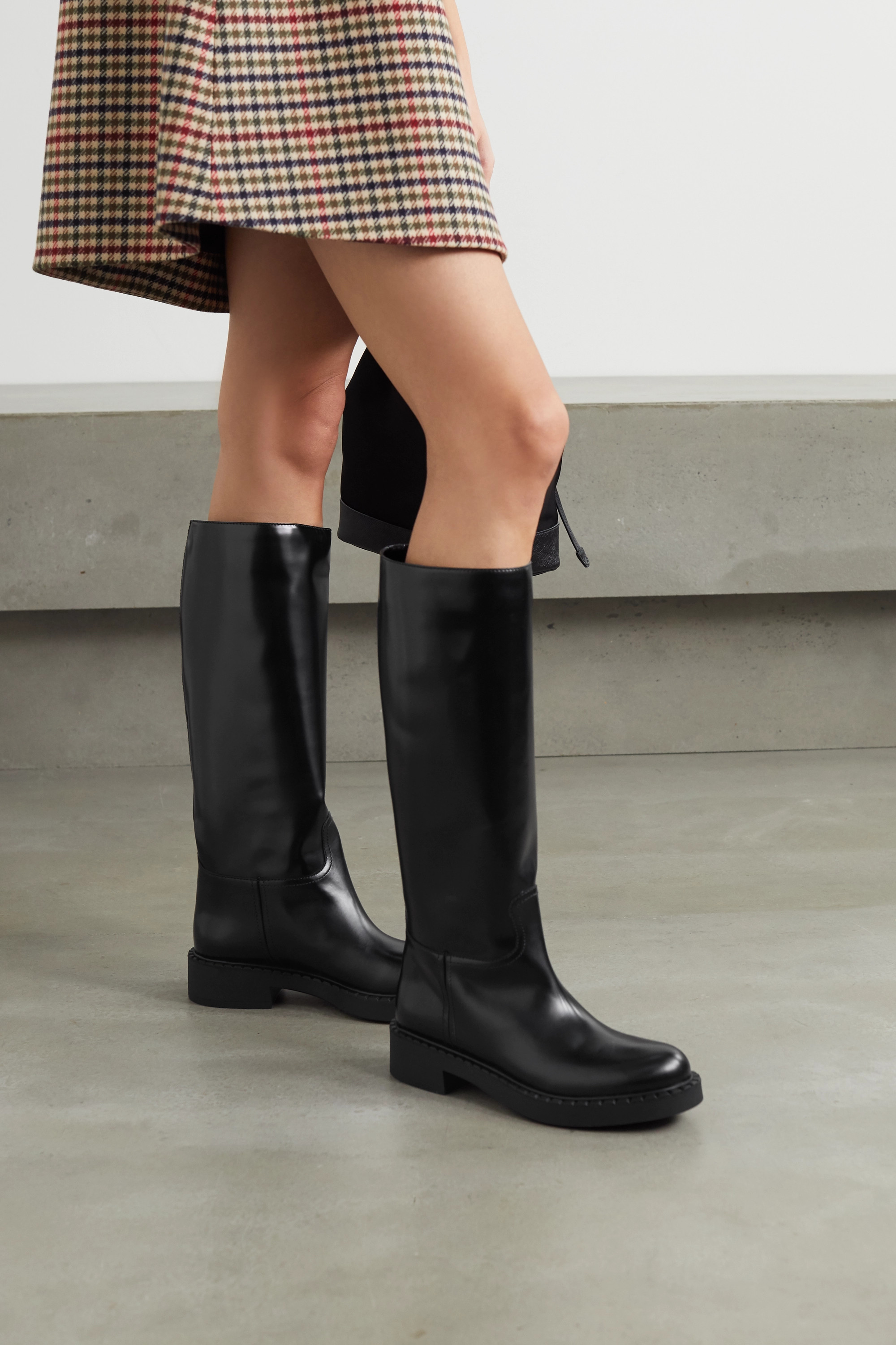 Black 50 glossed-leather knee boots