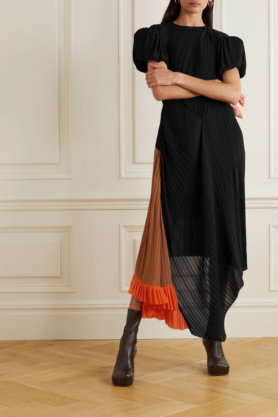 Preen by Thornton Bregazzi Ialla asymmetrisches Kleid aus plissiertem Georgette in Colour-Block-Optik