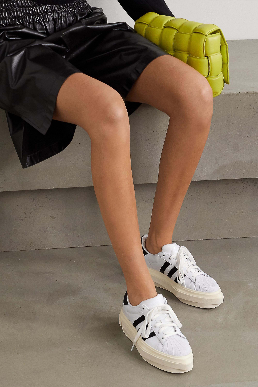 medio dinastía energía  White + Beyoncé Superstar leather platform sneakers | adidas Originals |  NET-A-PORTER
