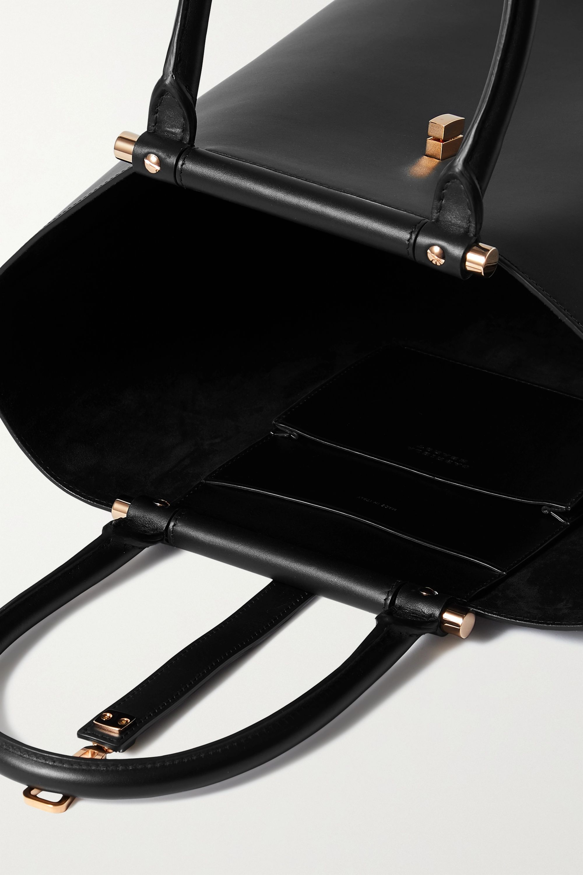 Gabriela Hearst Vevers leather tote
