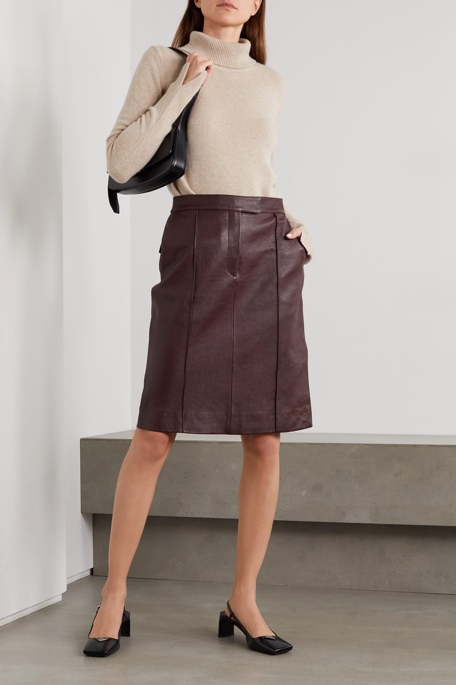 Victoria, Victoria Beckham Paneled leather skirt