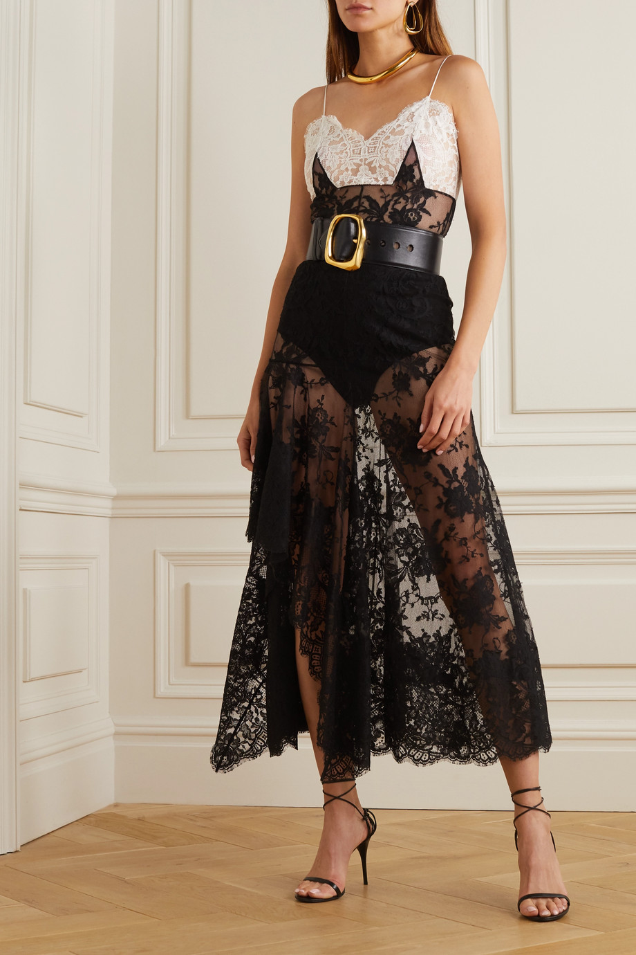 Alexander McQueen Ruffled cotton-blend lace gown