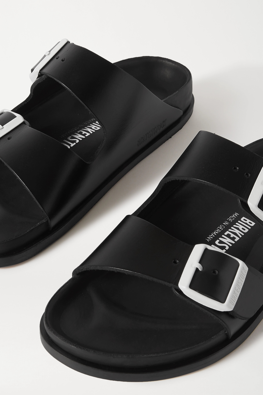 Birkenstock + NET A PORTER Arizona leather sandals