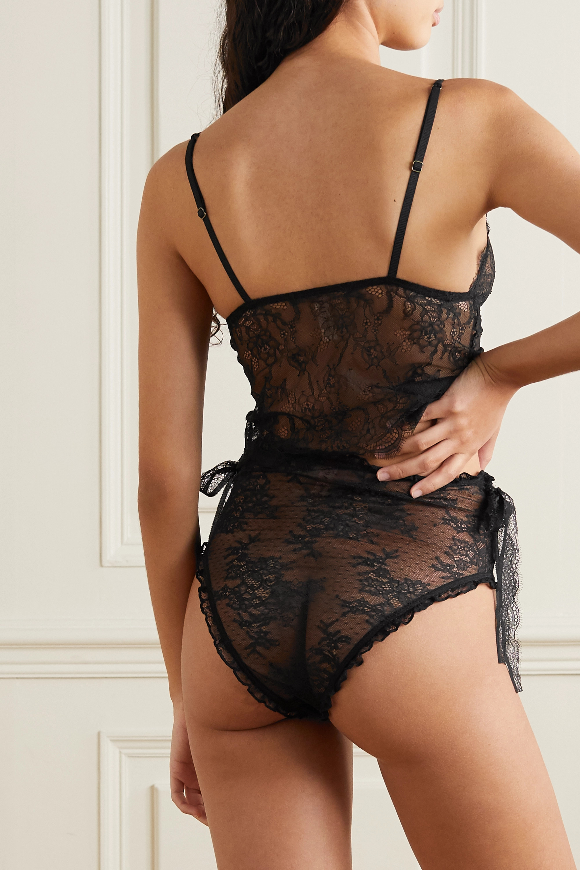 Love Stories Violet bow-detailed stretch-lace briefs