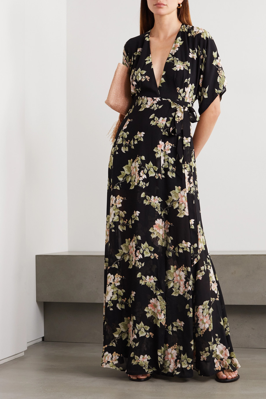 Reformation Winslow 花卉印花乔其纱超长裹身连衣裙