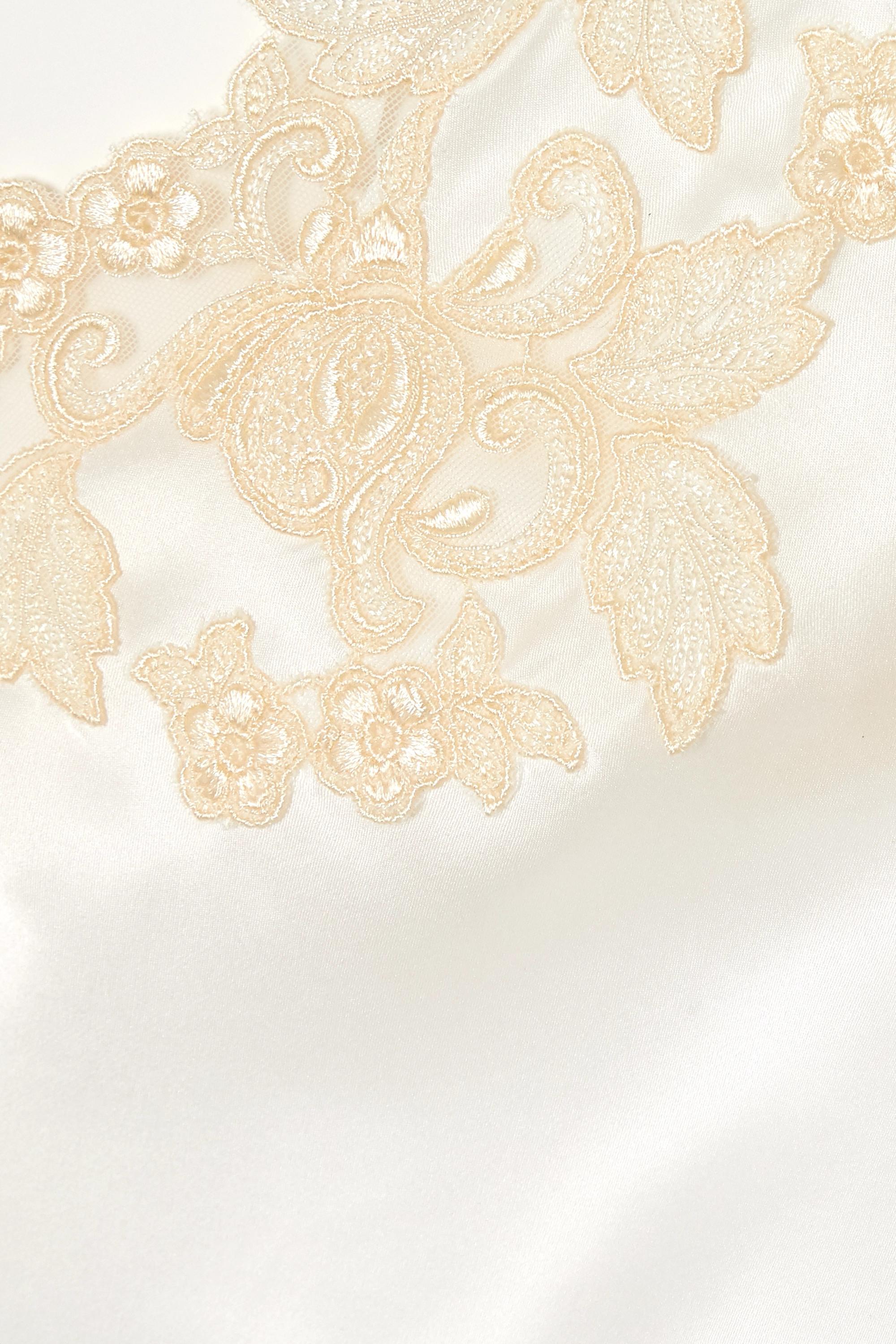 La Perla Nachthemd aus Seiden-Charmeuse mit Spitzenbesatz