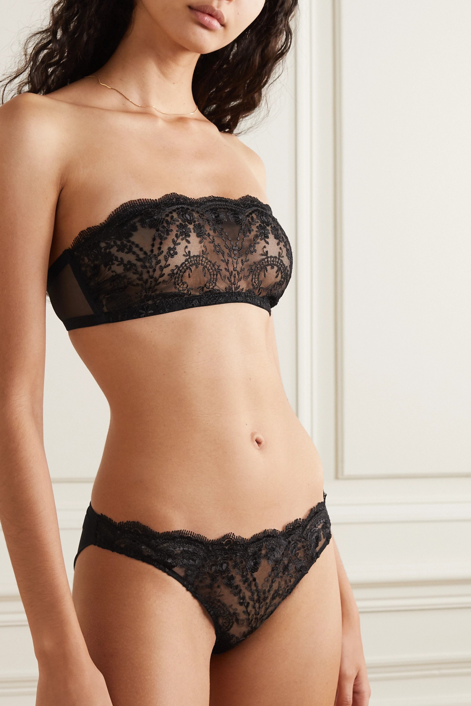 I.D. Sarrieri Embroidered tulle briefs