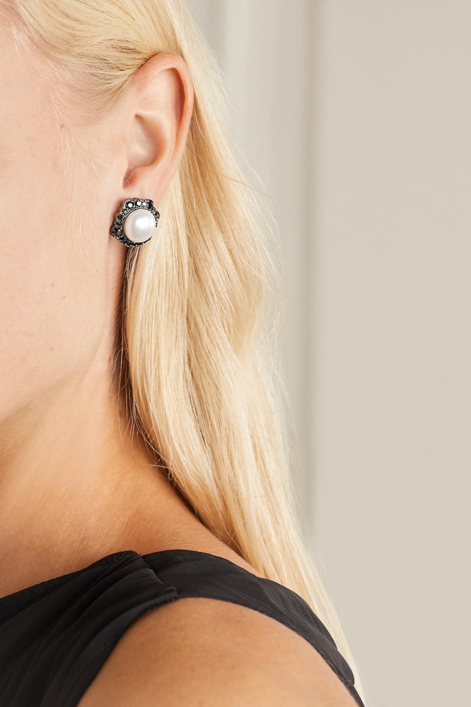 Kimberly McDonald Ohrringe aus geschwärztem 18 Karat Weißgold mit Perlen und Diamanten