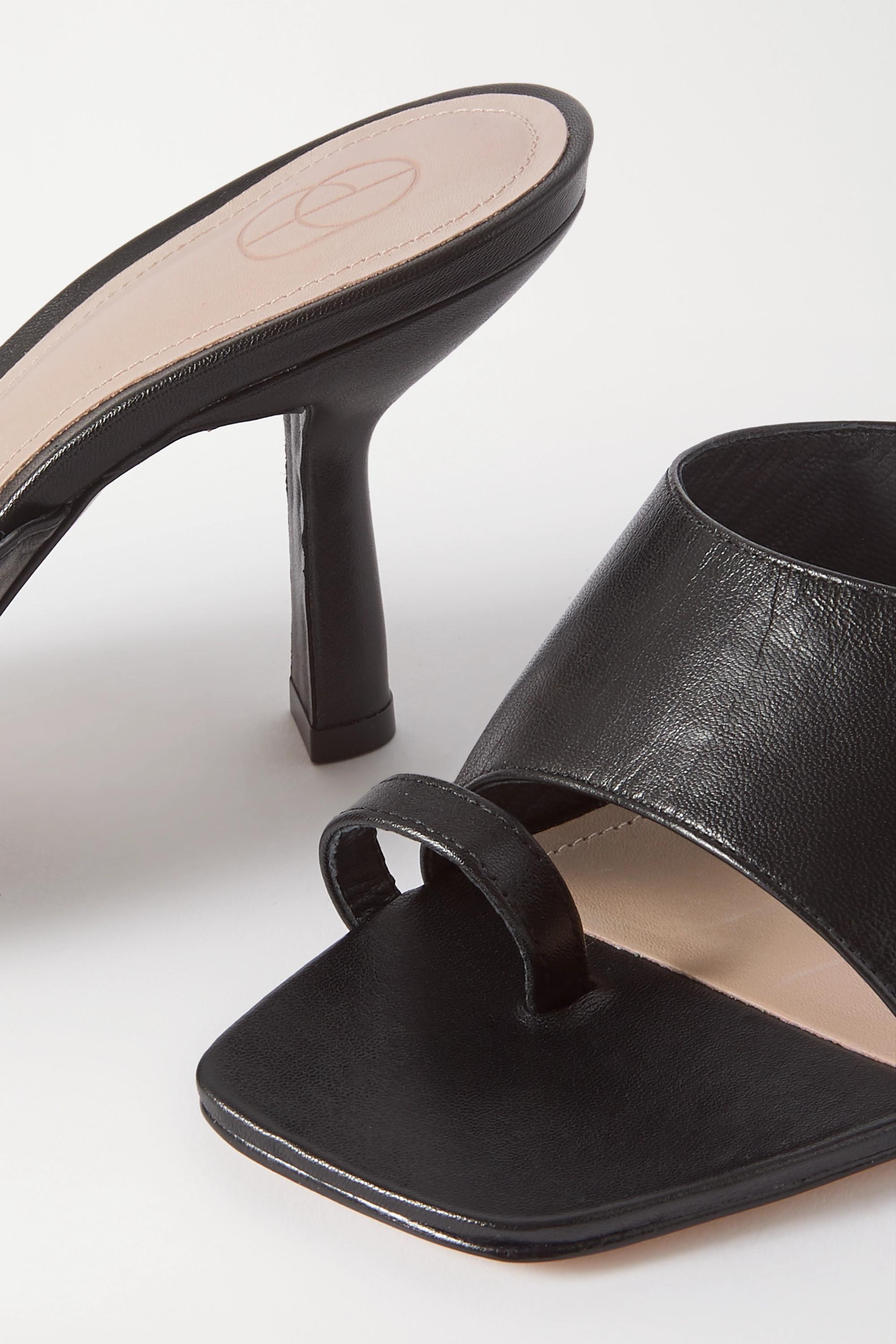 Porte & Paire Mules aus Leder